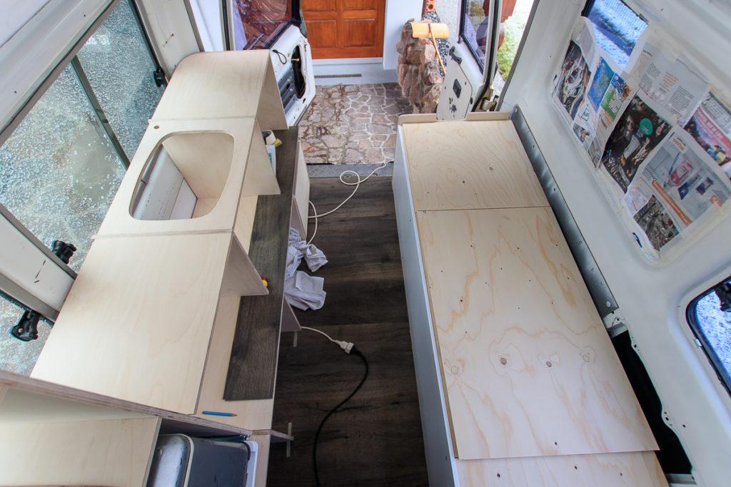 Die neuen Camper Möbel im Fahrzeug