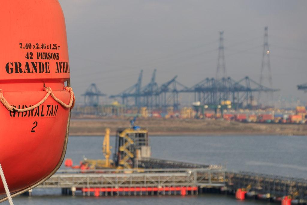Digital Detox auf dem Frachtschiff Grande Africa