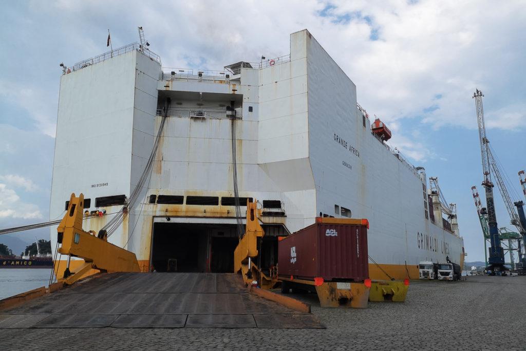 Einschiffen in Antwerpen Frachtschiffreise von Europa nach Südamerika
