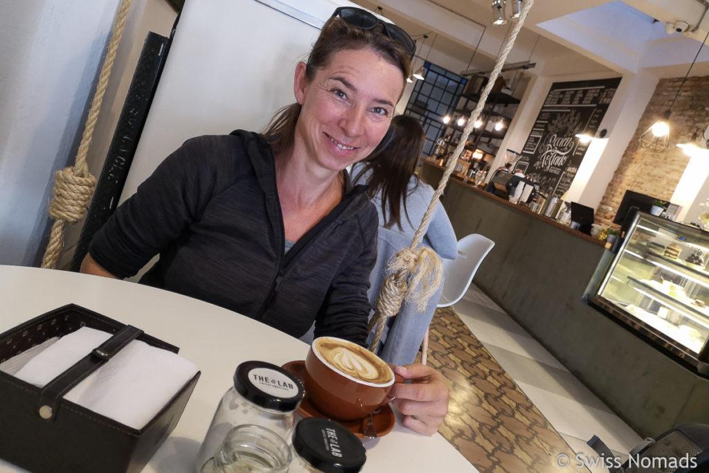 Cappuccino trinken in Montevideo
