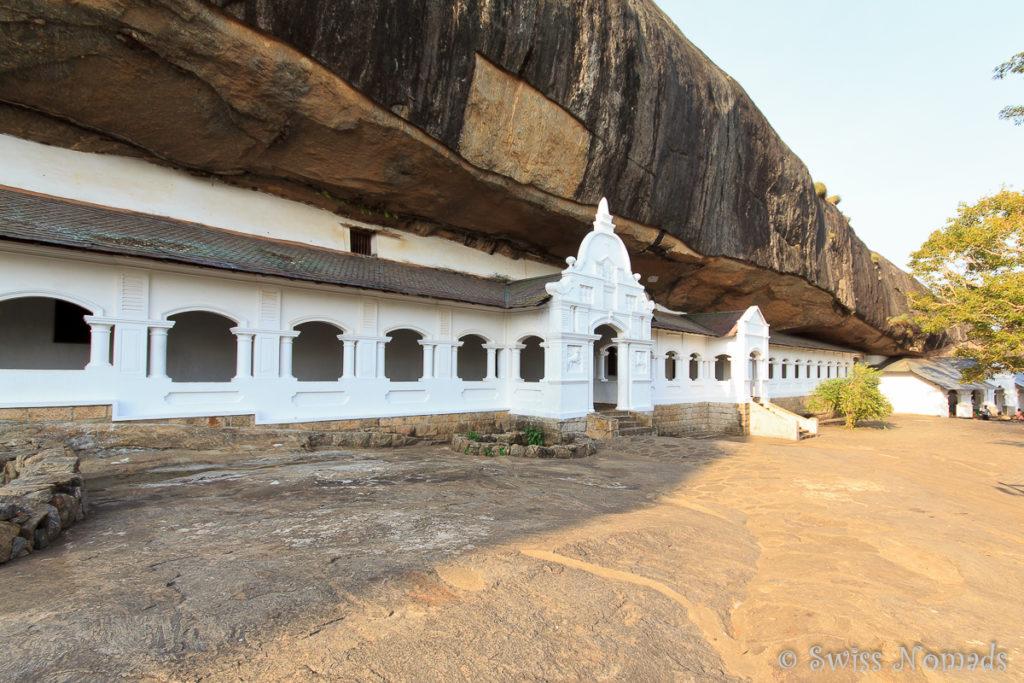 Dambulla Höhlen Tempel Sri Lanka