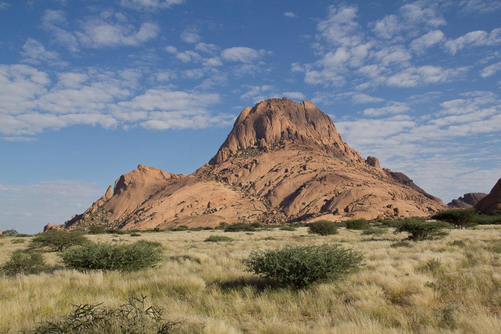 Spitzkoppe ist ein schöner Ort in Namibia