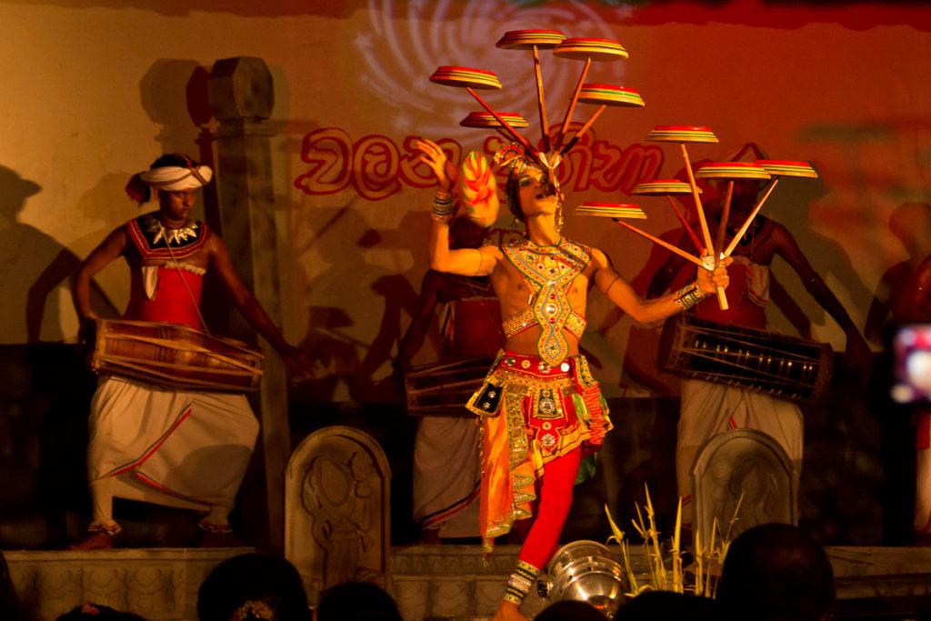Teller Tanz in Sri Lanka