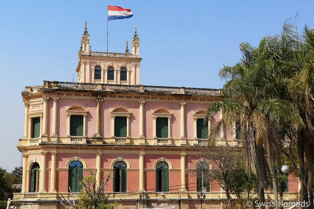 Palacio Lopez in Asuncion