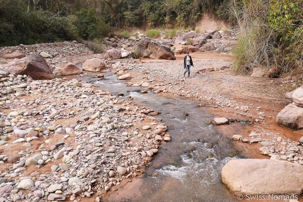 La Junta Wanderung entlang des Flusses