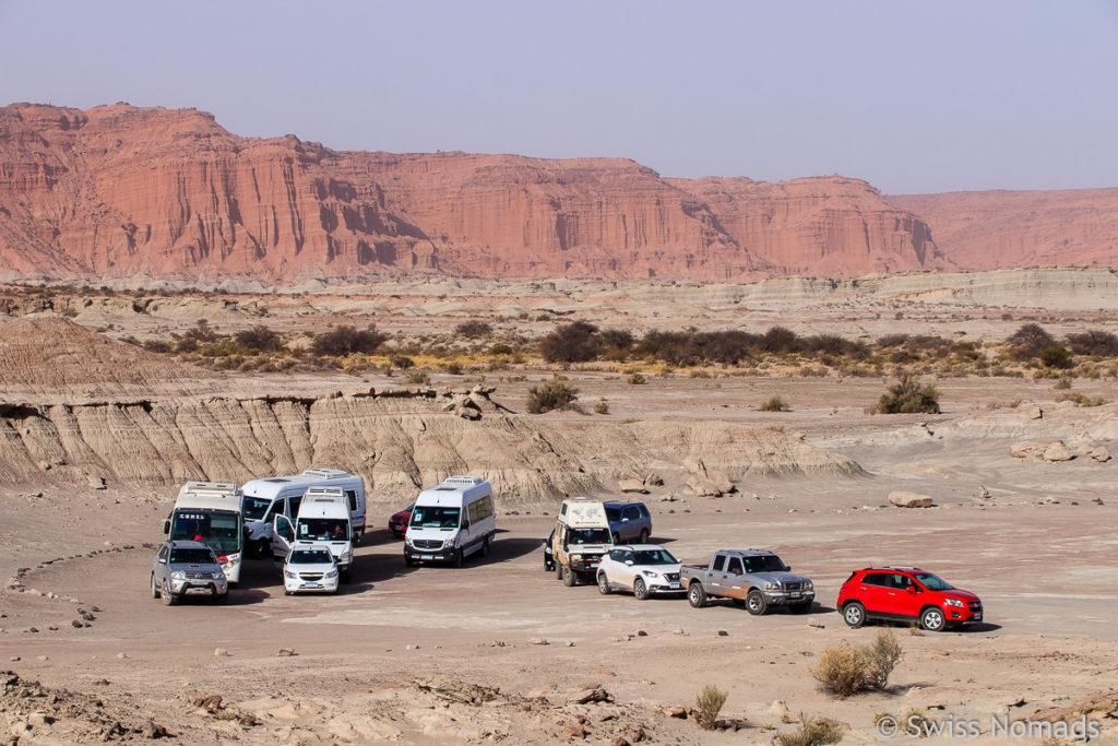 Fahrzeug Konvoi im Ischigualasto Provinzialpark