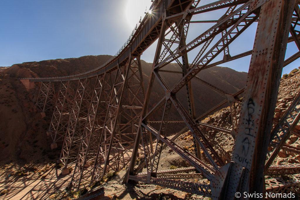 La Polvorillo Eisenbahn Brücke des Tren a las Nubes