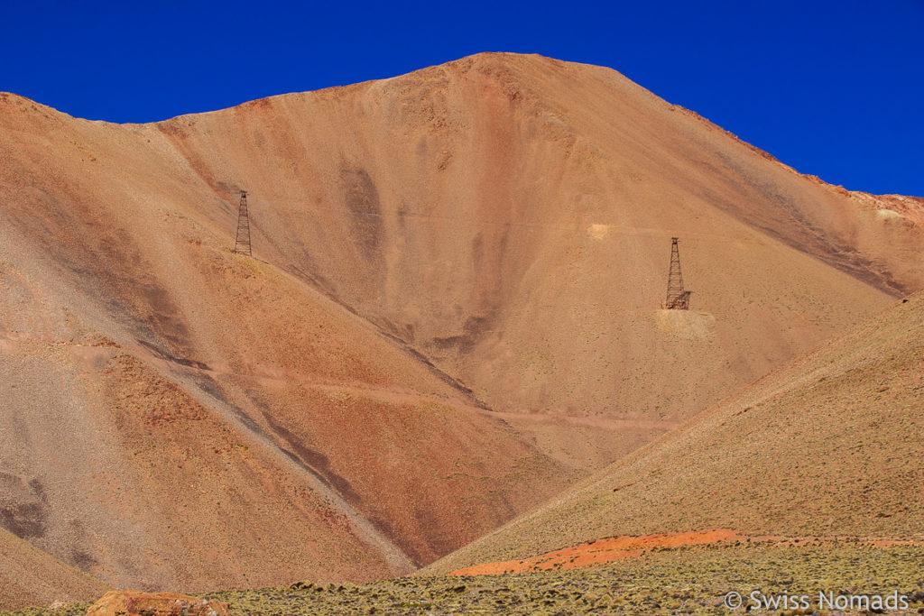 Masten der Seilbahn zur Mine La Mejicana
